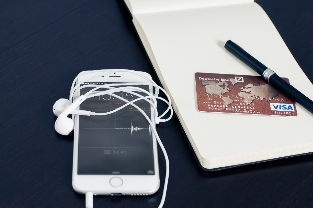 Put money aside easily with Chip